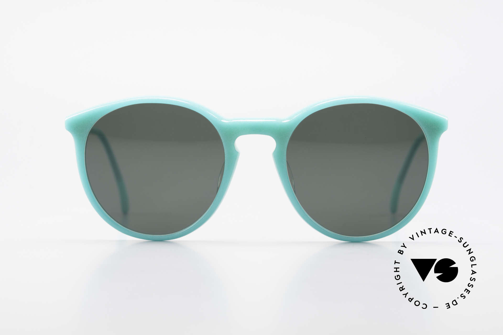 Alain Mikli 901 / 079 Green Pearl Panto Sunglasses, classic 'panto'-design with dark green sun lenses, Made for Men and Women