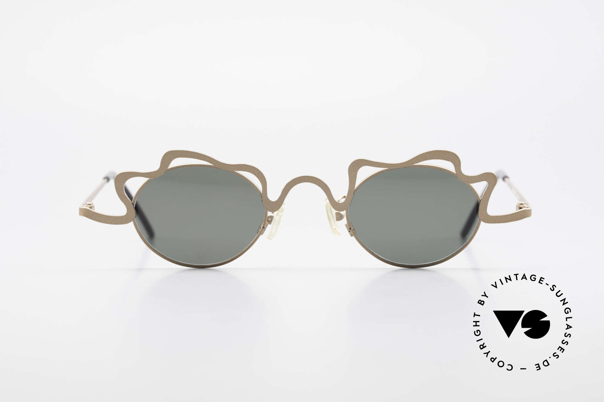Theo Belgium Tortelini Spaghetti Sunglasses Ladies, founded in 1989 as 'anti mainstream' eyewear / glasses, Made for Women