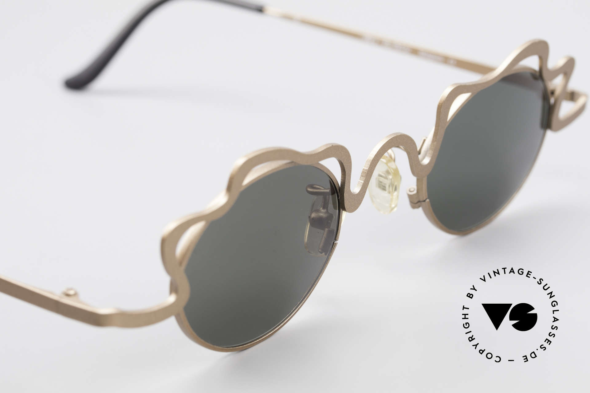 Theo Belgium Tortelini Spaghetti Sunglasses Ladies, never worn, one of a kind; Theo shades for all who dare!, Made for Women