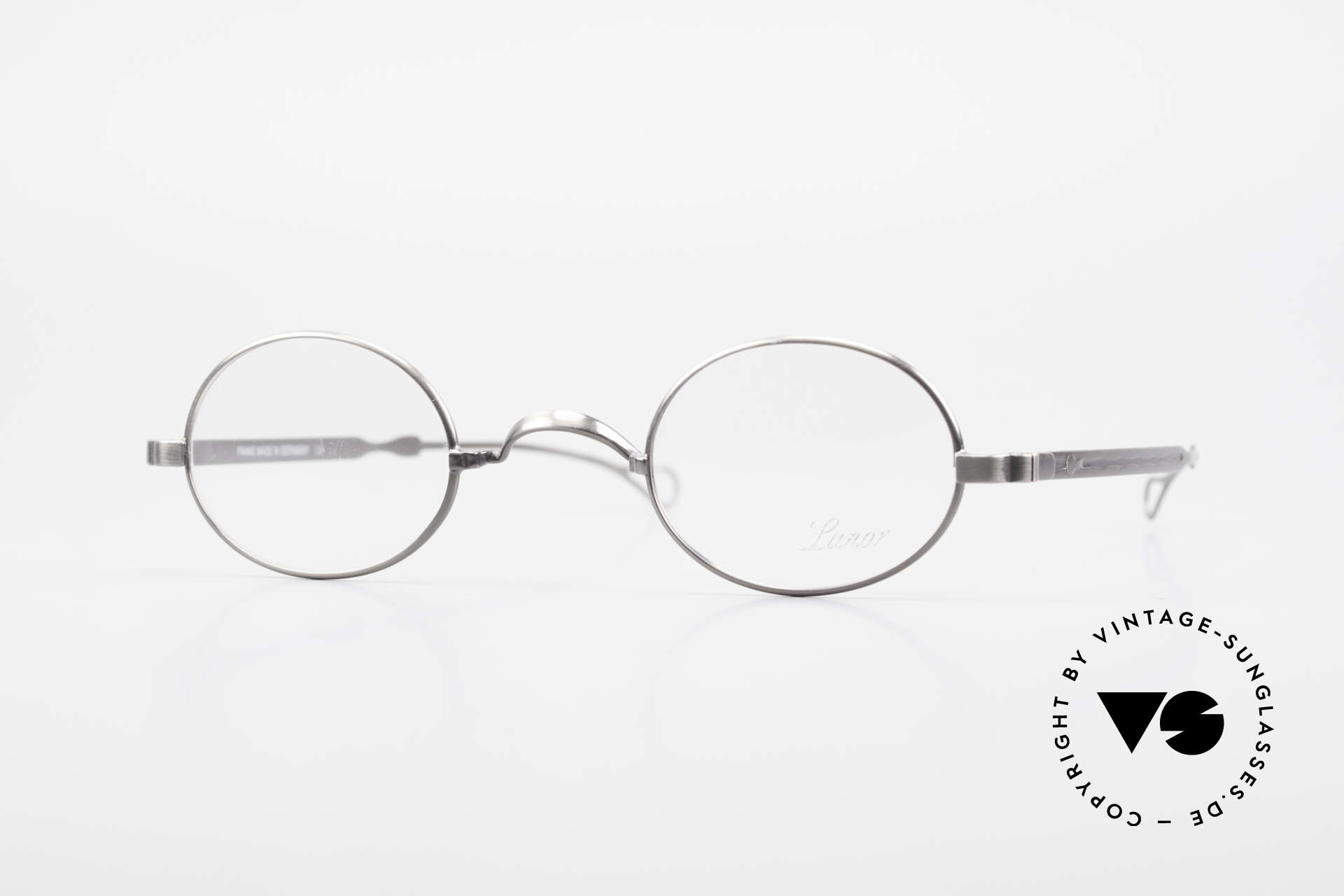 "Lunor Oval T-22 Titanium Vintage Eyeglasses, LUNOR: shortcut for French ""Lunette d'Or"" (gold glasses), Made for Men and Women"