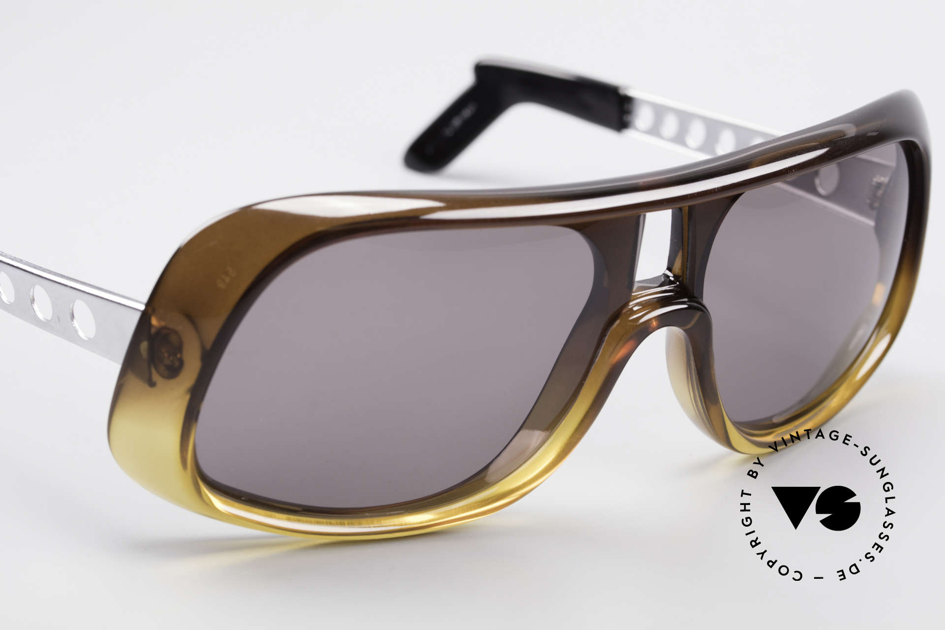 Carrera 549 Leo DiCaprio Movie Sunglasses, almost 50 years old rarity, unworn, museum piece, Made for Men