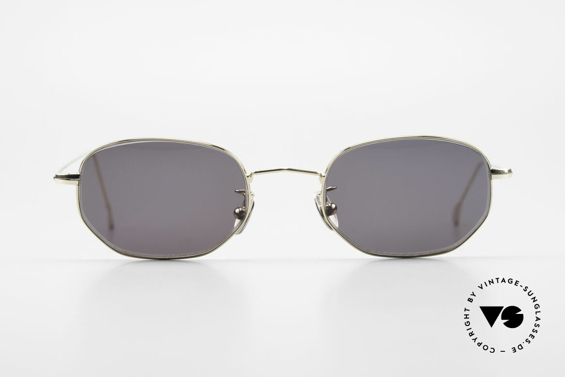 Cutler And Gross 0370 Classic Designer Sunglasses, classic, timeless UNDERSTATEMENT luxury sunglasses, Made for Men and Women