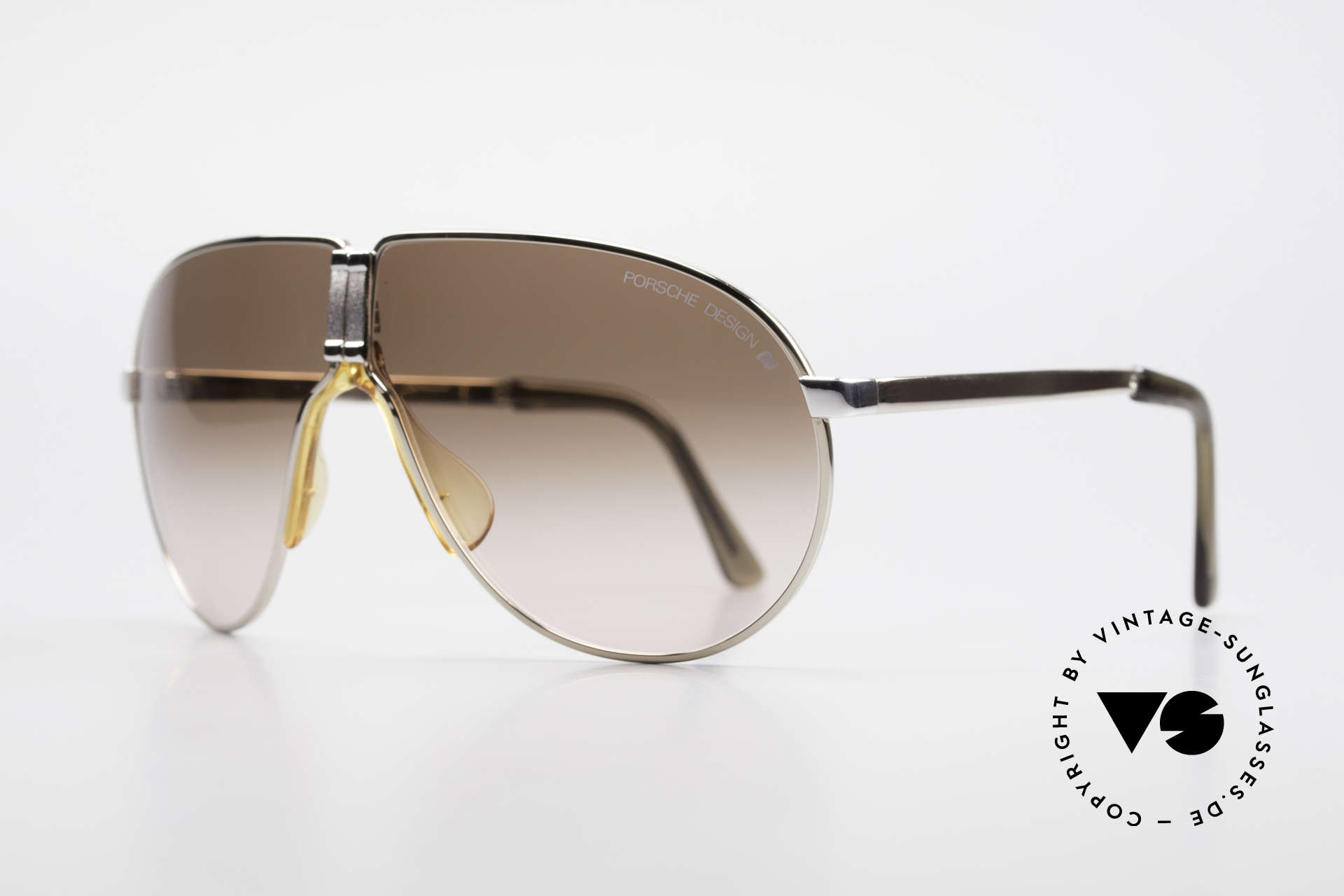 Porsche 5622 Rare 80's Folding Sunglasses, bicolor = gold AND silver = a real synonym of 80's fashion, Made for Men