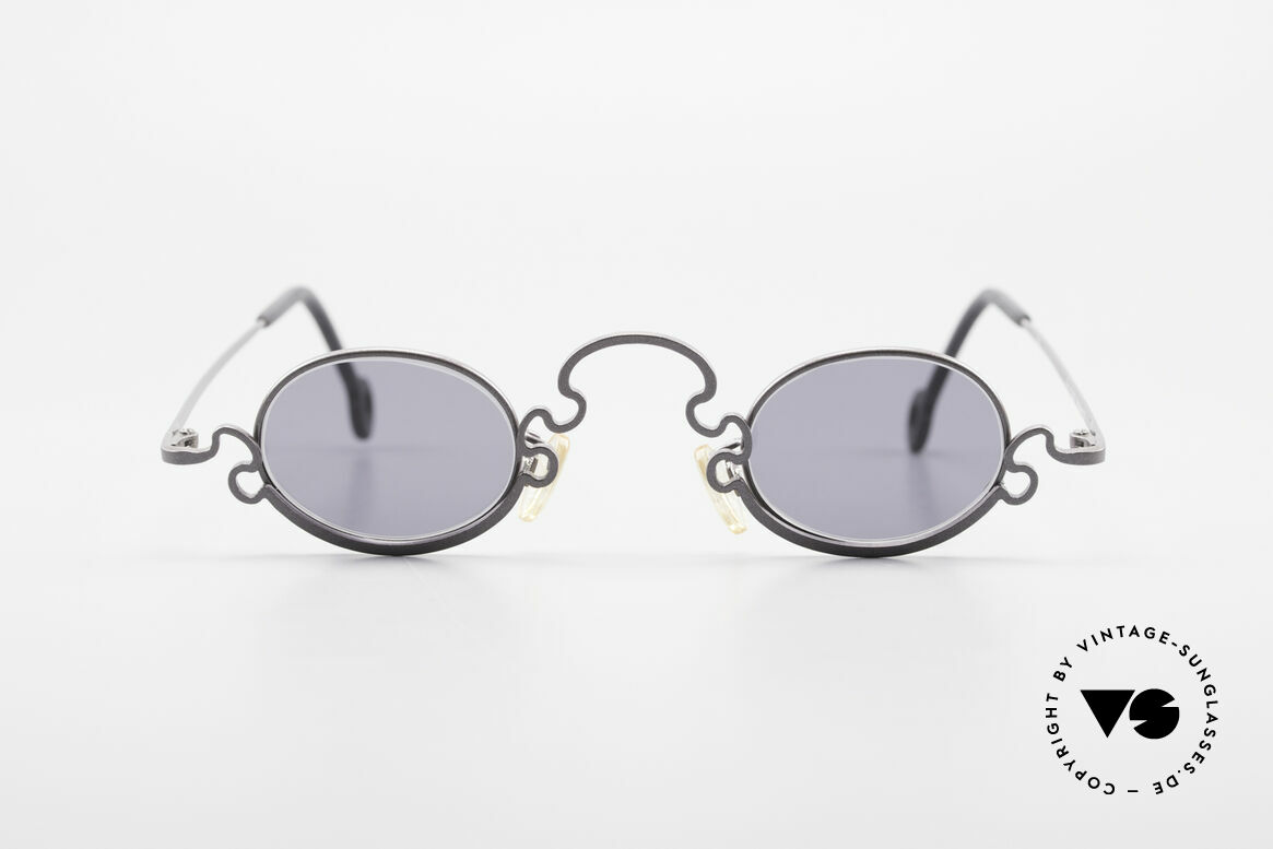 Theo Belgium Puzzle Spaghetti Sunglasses Ladies, founded in 1989 as 'anti mainstream' eyewear / glasses, Made for Women