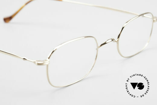 Lunor 322 Classic Vintage Eyeglasses 90s, the LUNOR frame comes with an original Lunor wood case, Made for Men and Women