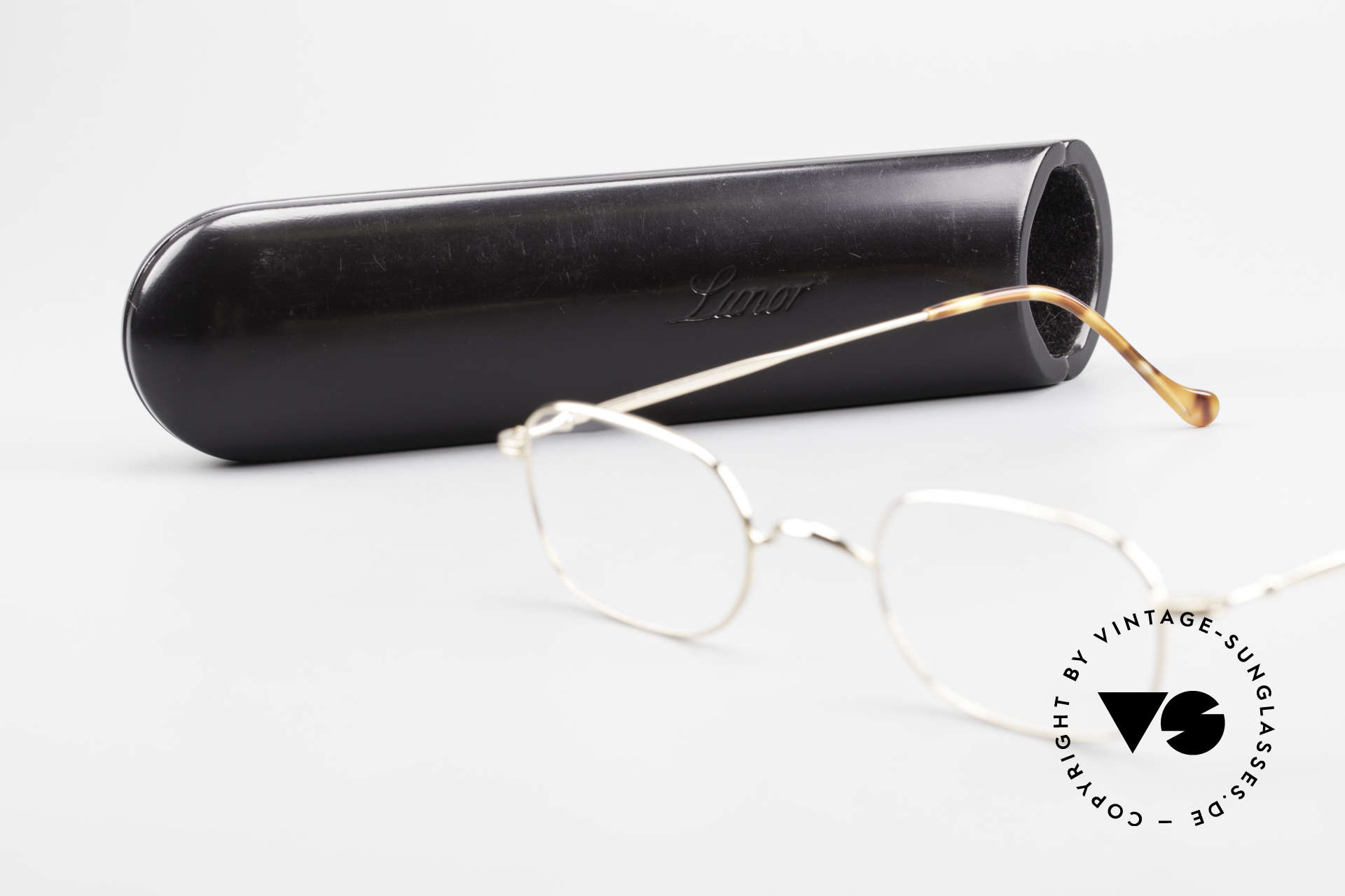 Lunor 322 Classic Vintage Eyeglasses 90s, Size: small, Made for Men and Women