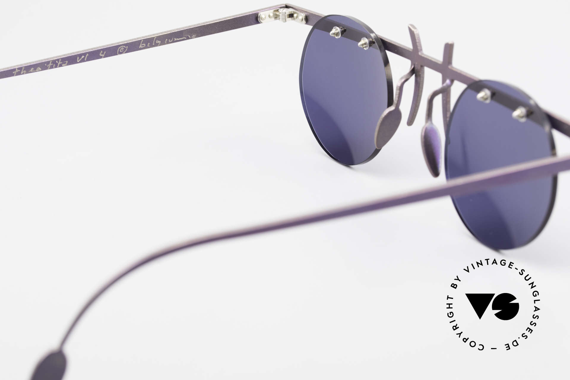 Theo Belgium Tita VI 4 Crazy Sunglasses Titanium 90s, dark blue sun lenses can be replaced with optical lenses, Made for Men and Women