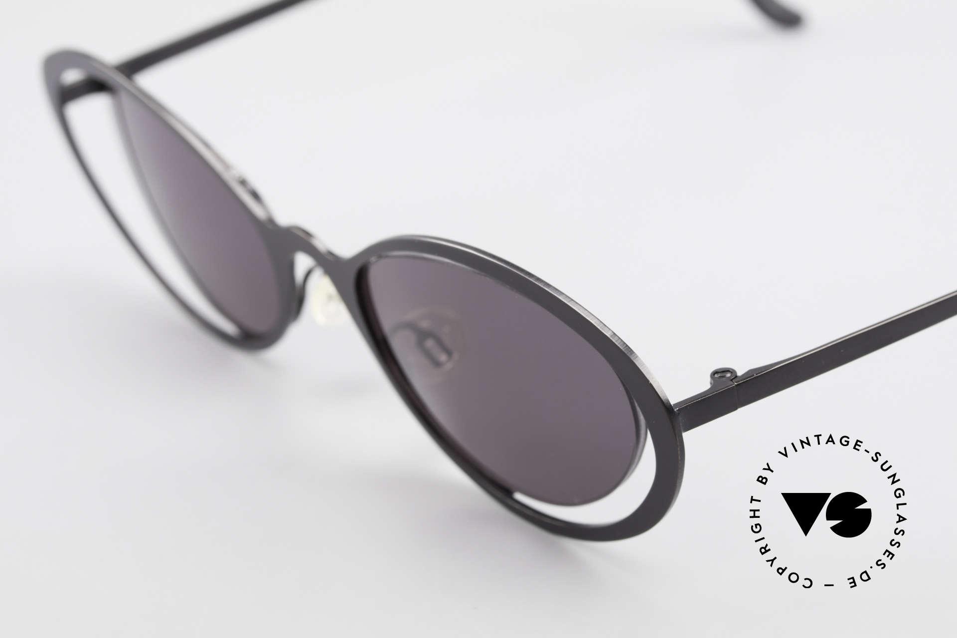 Theo Belgium LuLu Rimless Cateye Sunglasses 90s, an extraordinary designer piece by THEO BELGIUM, Made for Women