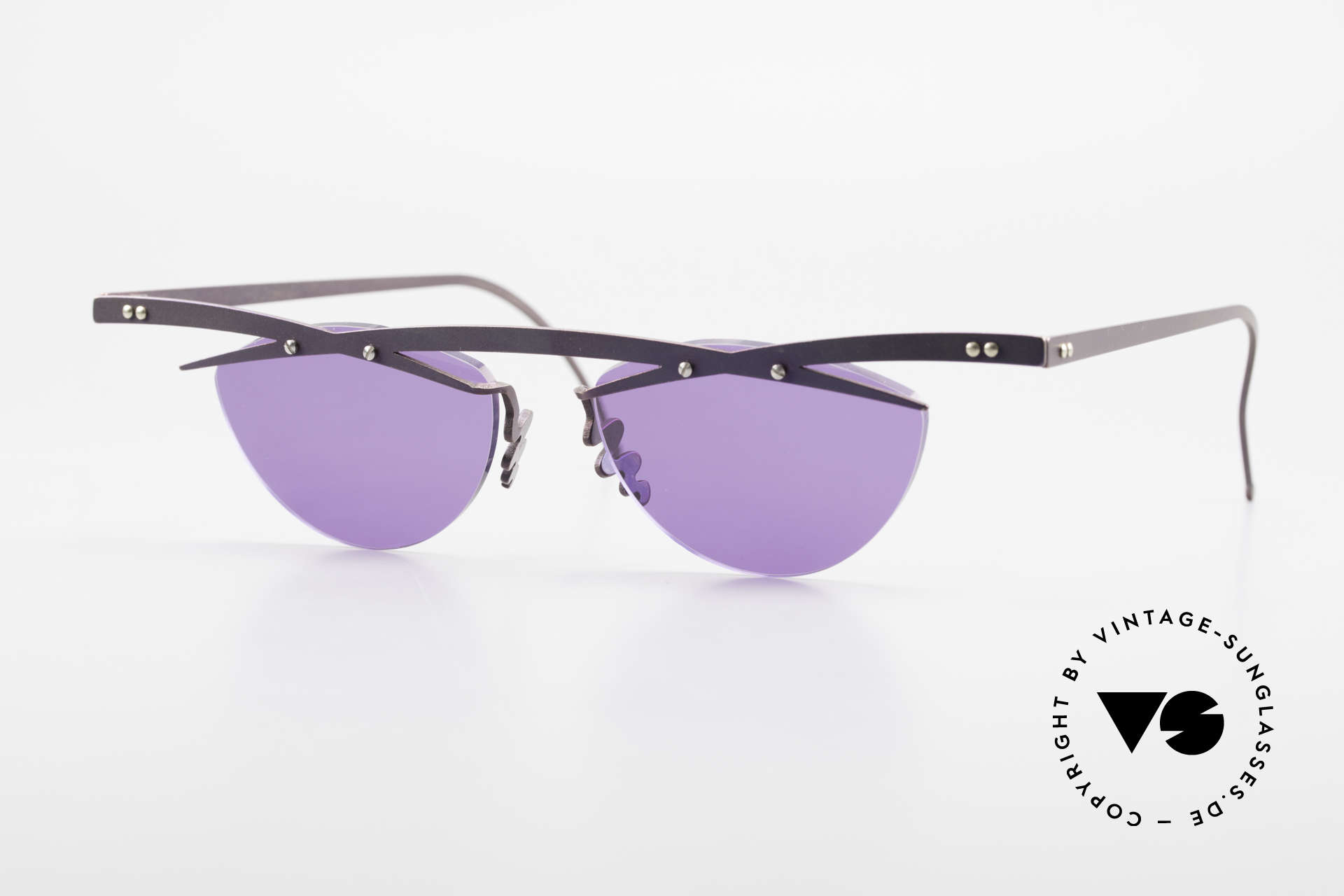 Theo Belgium Tita III 4 XL Crazy Vintage Sunglasses, Theo Belgium: the most self-willed brand in the world, Made for Men and Women