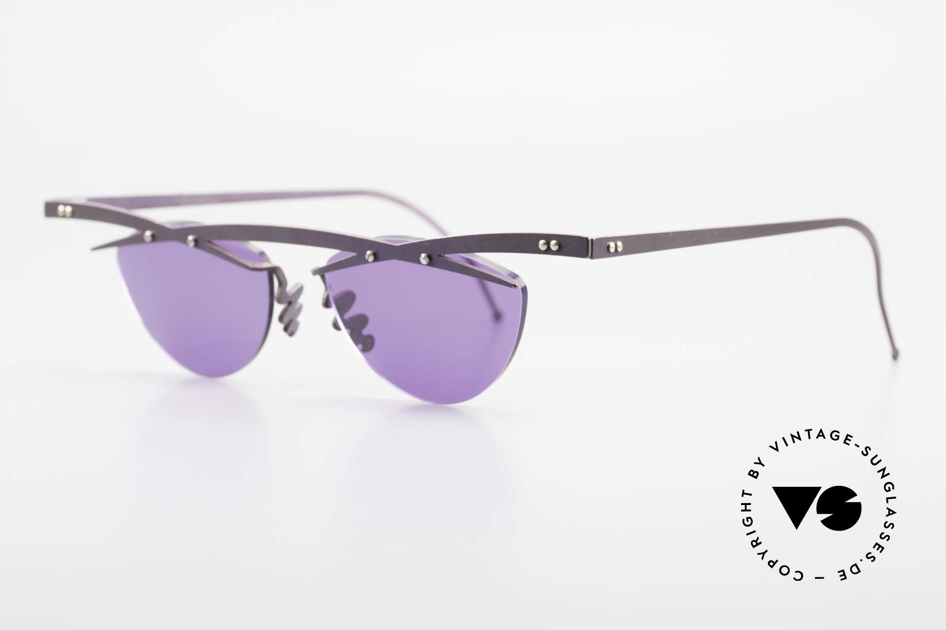 Theo Belgium Tita III 4 XL Crazy Vintage Sunglasses, TITA SERIES = XL titanium frames by Theo from the 90's, Made for Men and Women