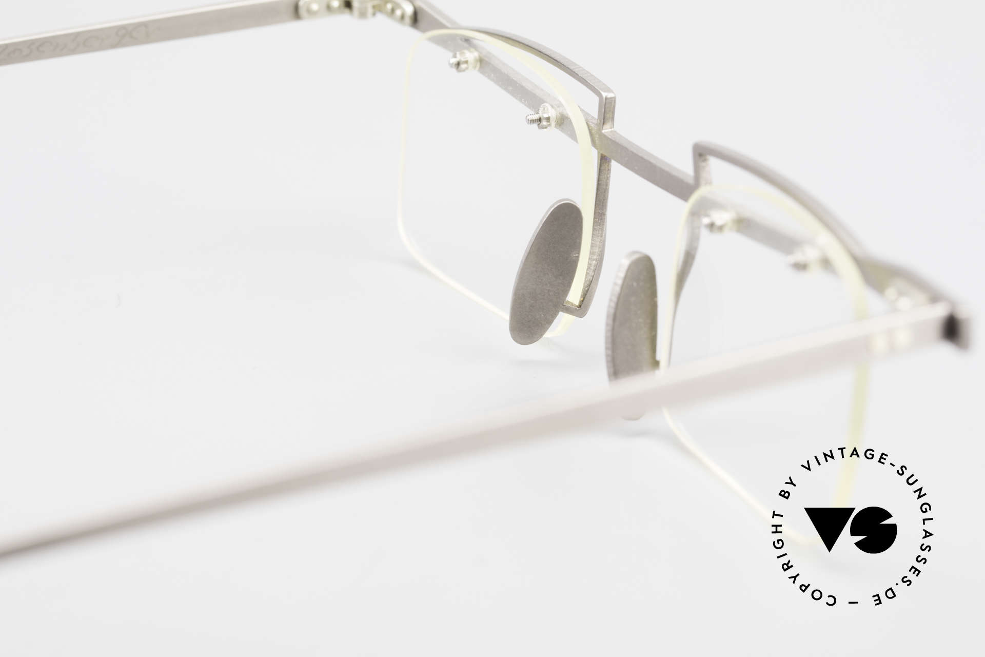 Rosenberger Franca Titan Frame Made in Bavaria, DEMO lenses can be replaced with prescriptions, Made for Men and Women