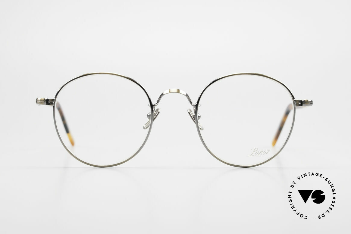Lunor VA 111 Classy Men's Panto Eyeglasses, without ostentatious logos (but in a timeless elegance), Made for Men