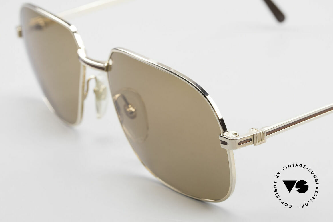 Dunhill 6123 Gold Plated Gentlemen's Frame, unworn rarity (for all lovers of quality) with orig. case, Made for Men