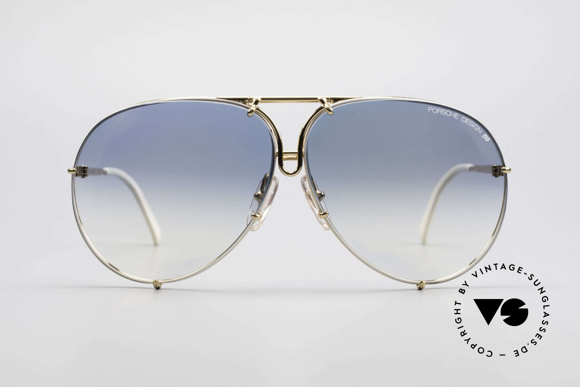 Porsche 5623 One Of A Kind Collector's Item, comes with extra blue-gradient lenses & Porsche case, Made for Men and Women