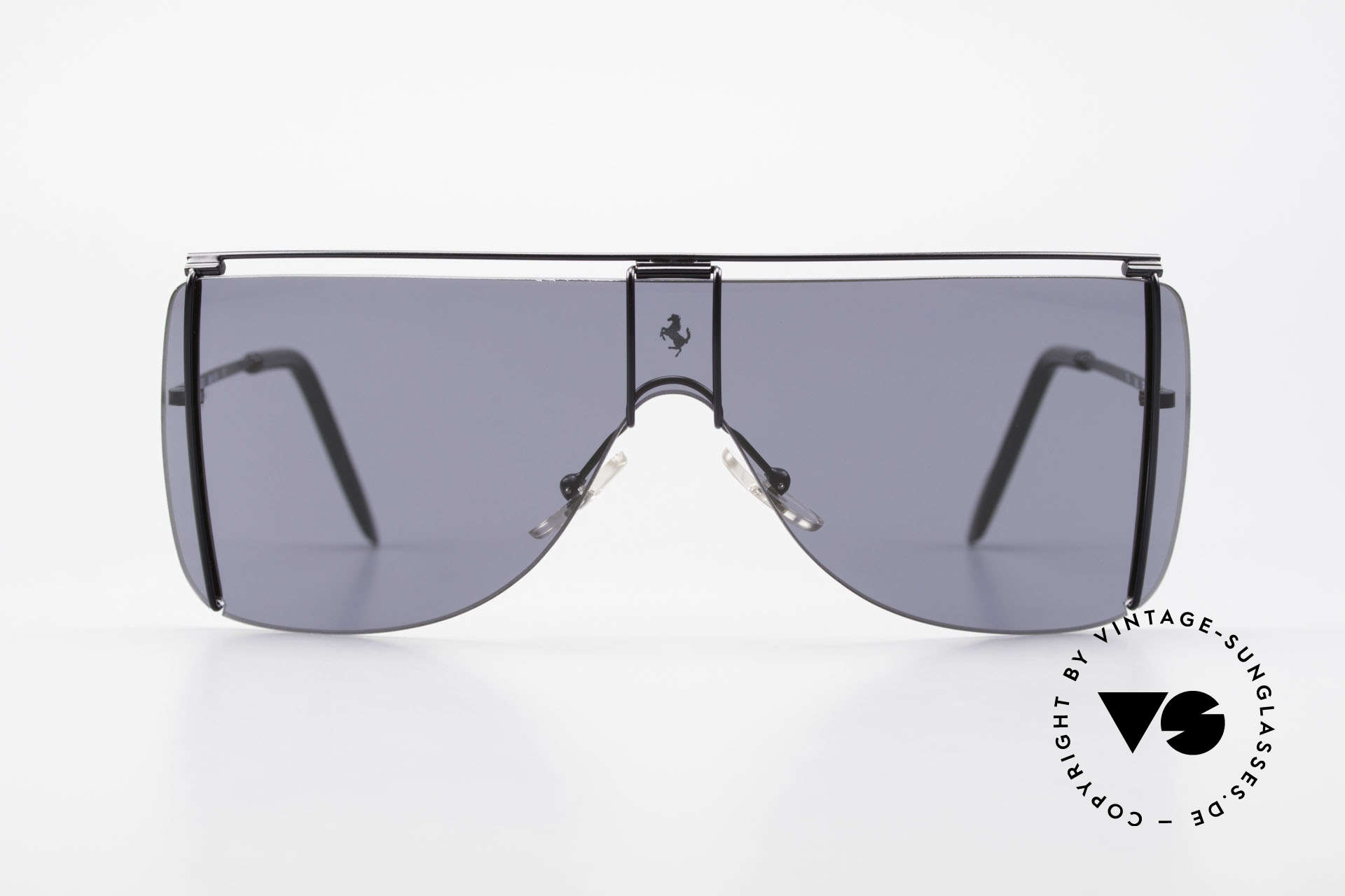 Ferrari F20/S Luxury Sunglasses Kylie Jenner, panorama view design with only one single lens, Made for Men and Women