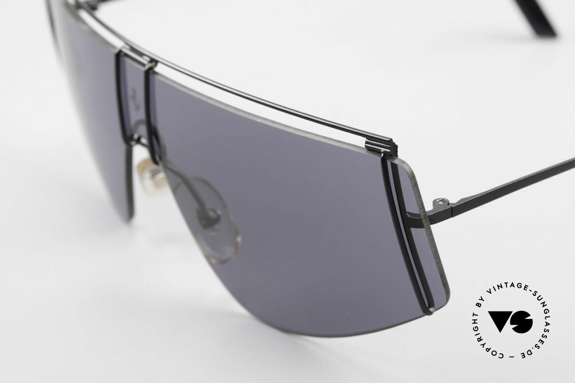 Ferrari F15/S Luxury 90's Sports Sunglasses, a very stylish and very elegant fashion accessory, Made for Men and Women