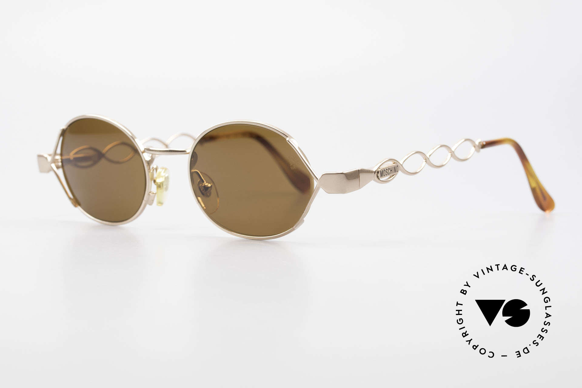 Moschino MM344 Ladies Designer Sunglasses 90s, Persol produced the Moschino creations in the 90s, Made for Women