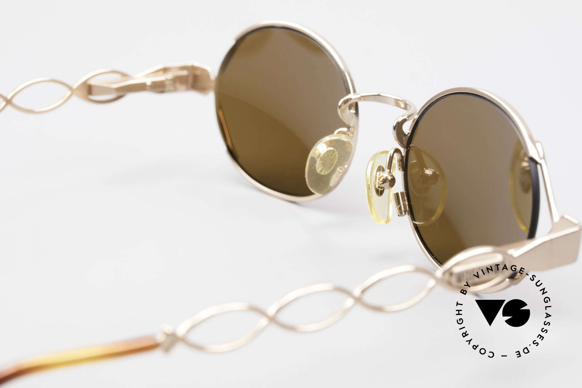 Moschino MM344 Ladies Designer Sunglasses 90s, NO RETRO fashion, but a 25 years old unique rarity, Made for Women