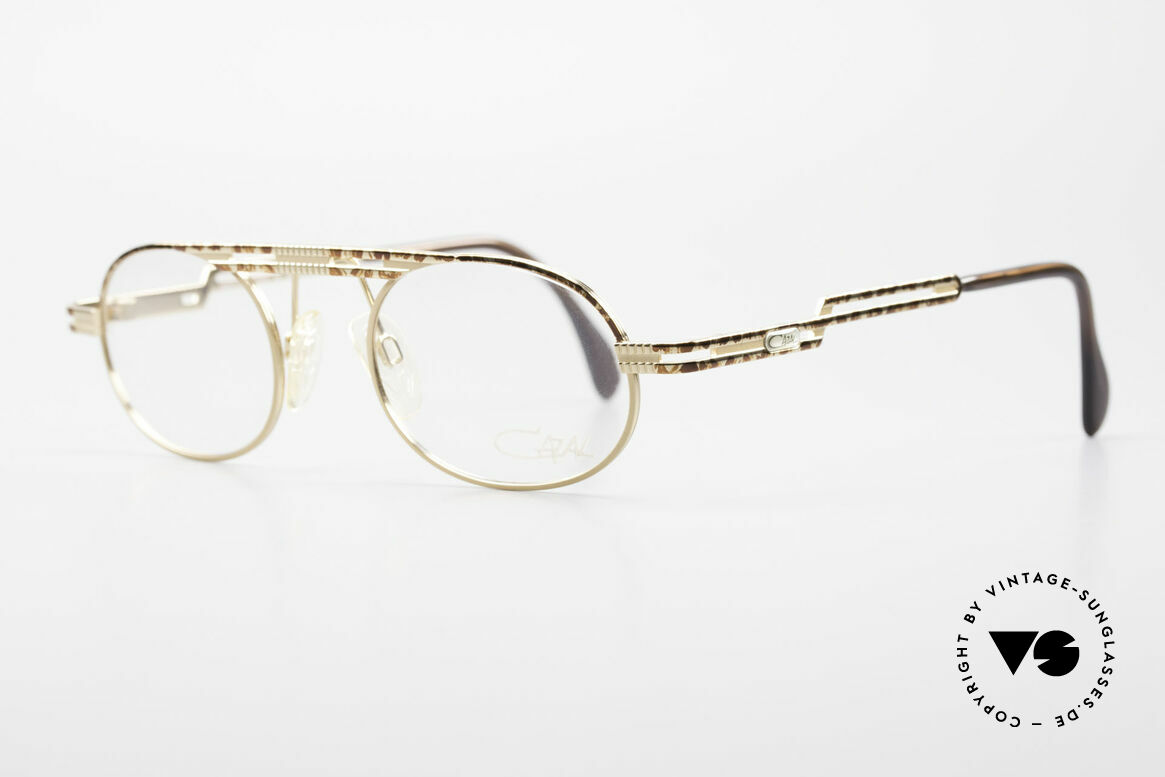 Cazal 762 Oval Vintage Eyeglasses 90's, high-grade crafting and 1st class wearing comfort, Made for Men and Women