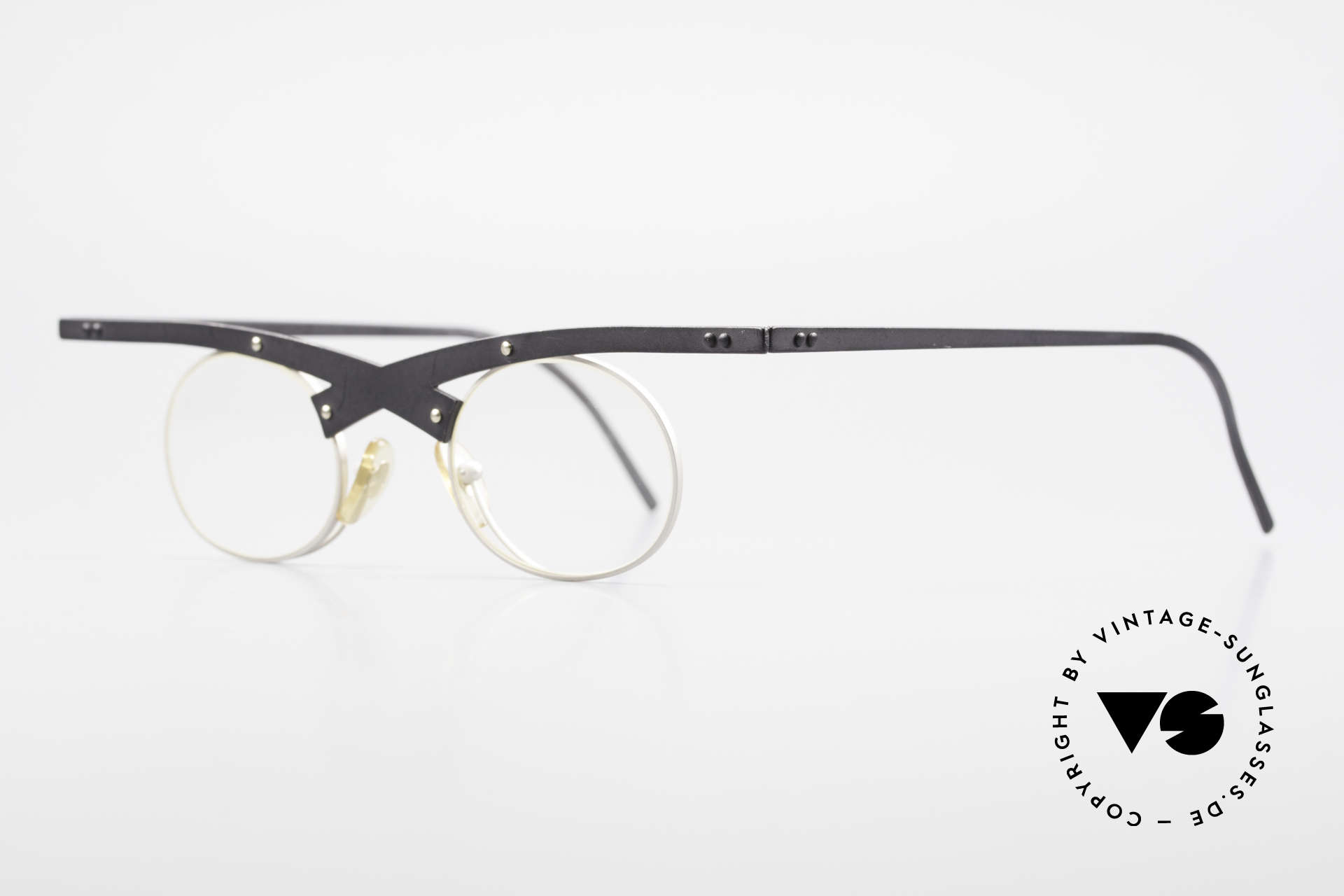 Theo Belgium Hio 11S Crazy 90's Vintage Eyeglasses, made for the avant-garde, individualists & trend-setters, Made for Men and Women