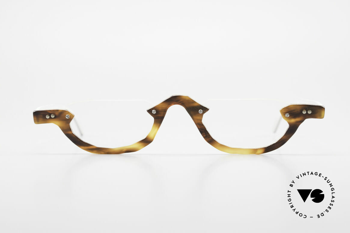 Theo Belgium Eye-Witness AE17 Crazy Reading Glasses Titanium, founded in 1989 as 'opposite pole' to the 'mainstream', Made for Men and Women