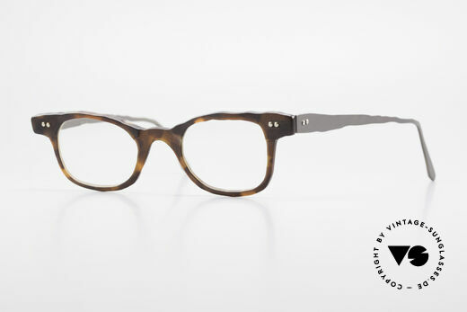 Theo Belgium Eye-Witness Avant-Garde Titanium Glasses Details