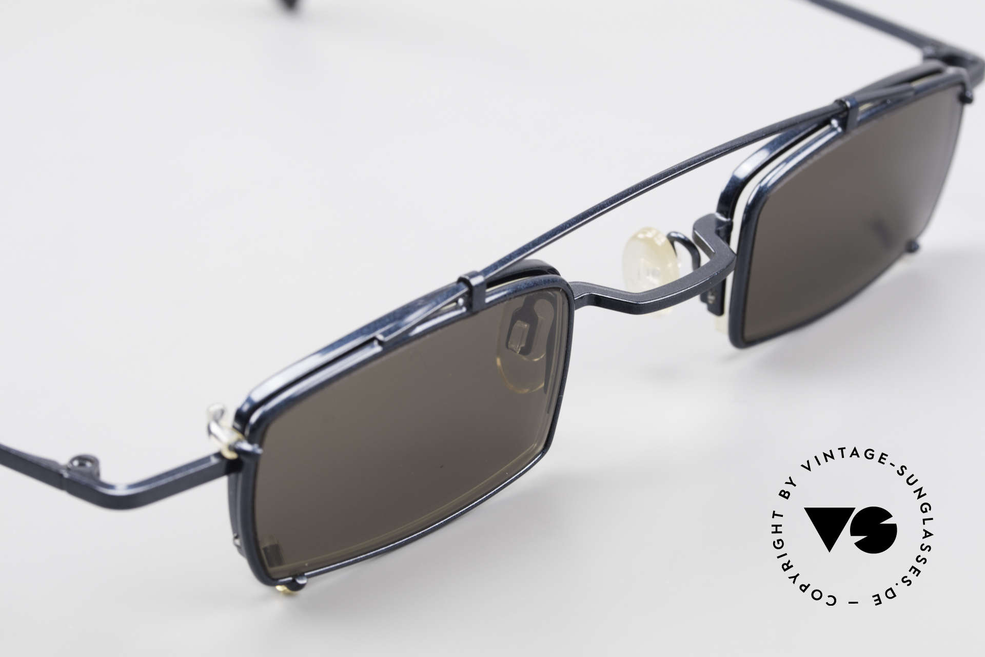 Theo Belgium Mele Square Clip On Designer Frame, unworn, one of a kind, THEO shades for all who dare ;), Made for Men and Women