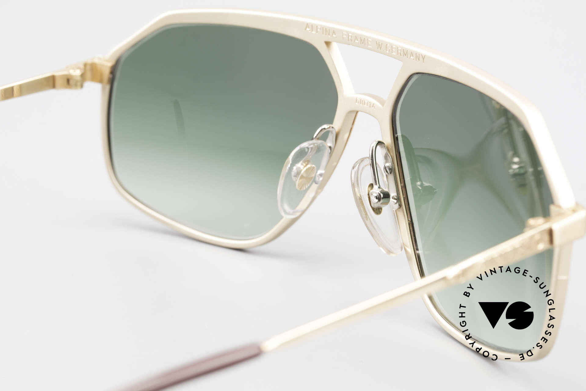 Alpina M6 Legendary 80's Sunglasses, never worn (like all our rare old Alpina sunglasses), Made for Men