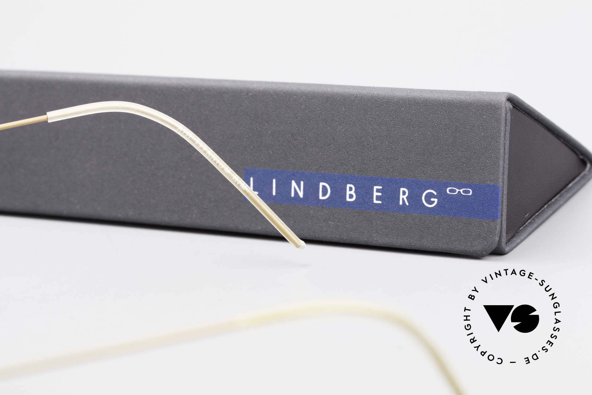 Lindberg Panto Air Titan Rim Titan Frame Acetate Inner Rim, simple & strong frame: free from screws, rivets & welds, Made for Men and Women