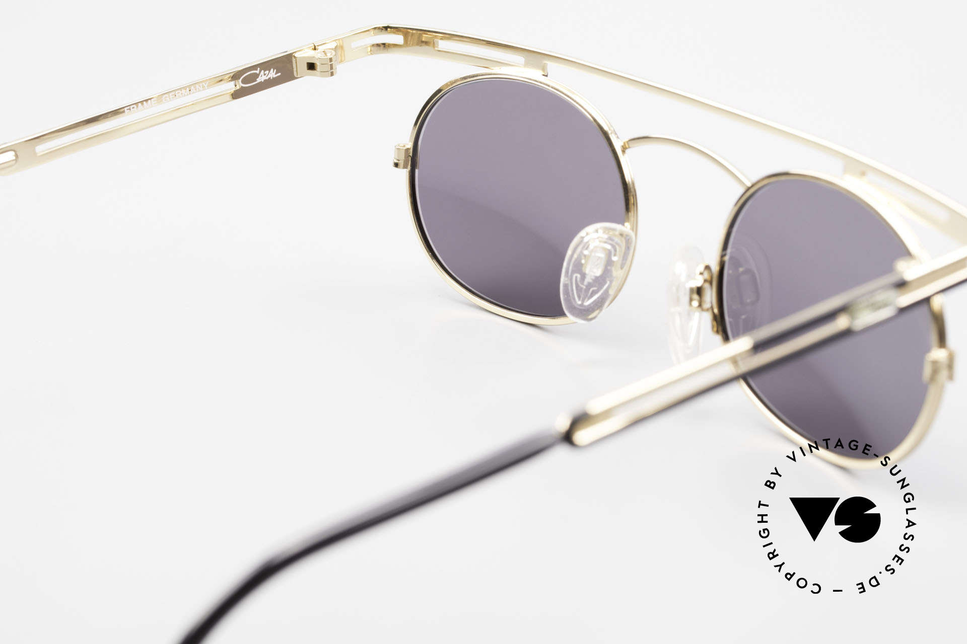 Cazal 761 Vintage Cazal Sunglasses 90's, the sun lenses (100% UV) can be replaced optionally, Made for Men and Women