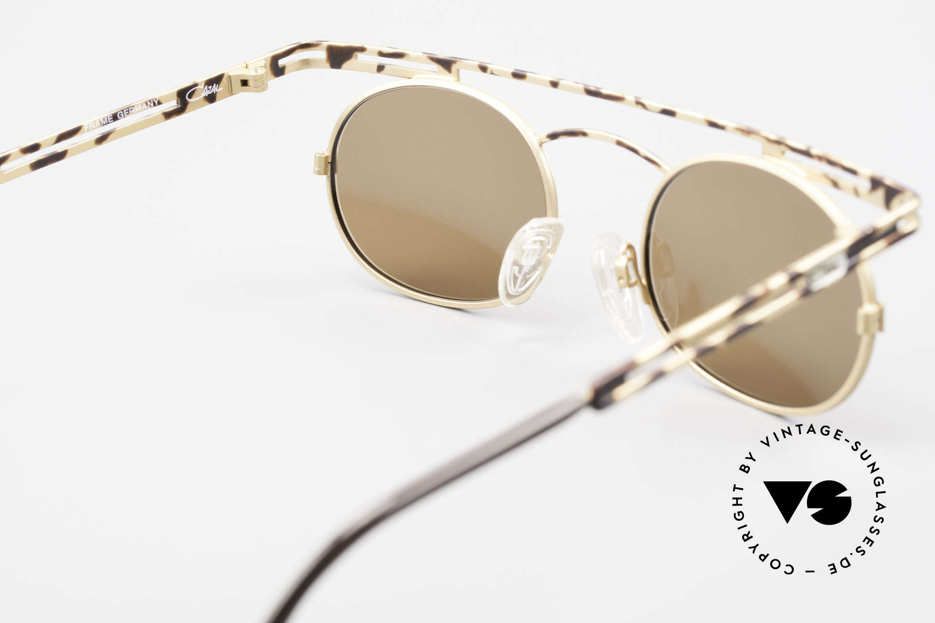 Cazal 761 Rare Old Cazal 90's Sunglasses, the sun lenses (100% UV) can be replaced optionally, Made for Men and Women