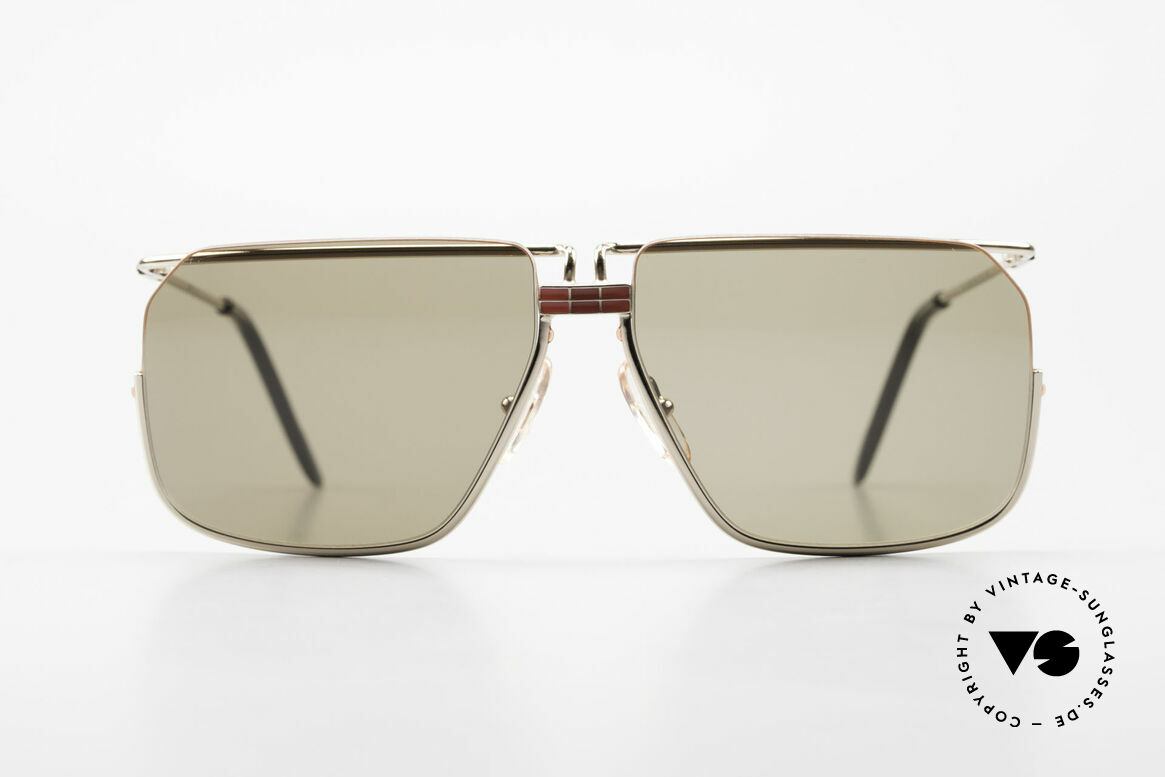 Ferrari F18/S No Retro Shades But Vintage, very interesting frame construction (half rimless design), Made for Men