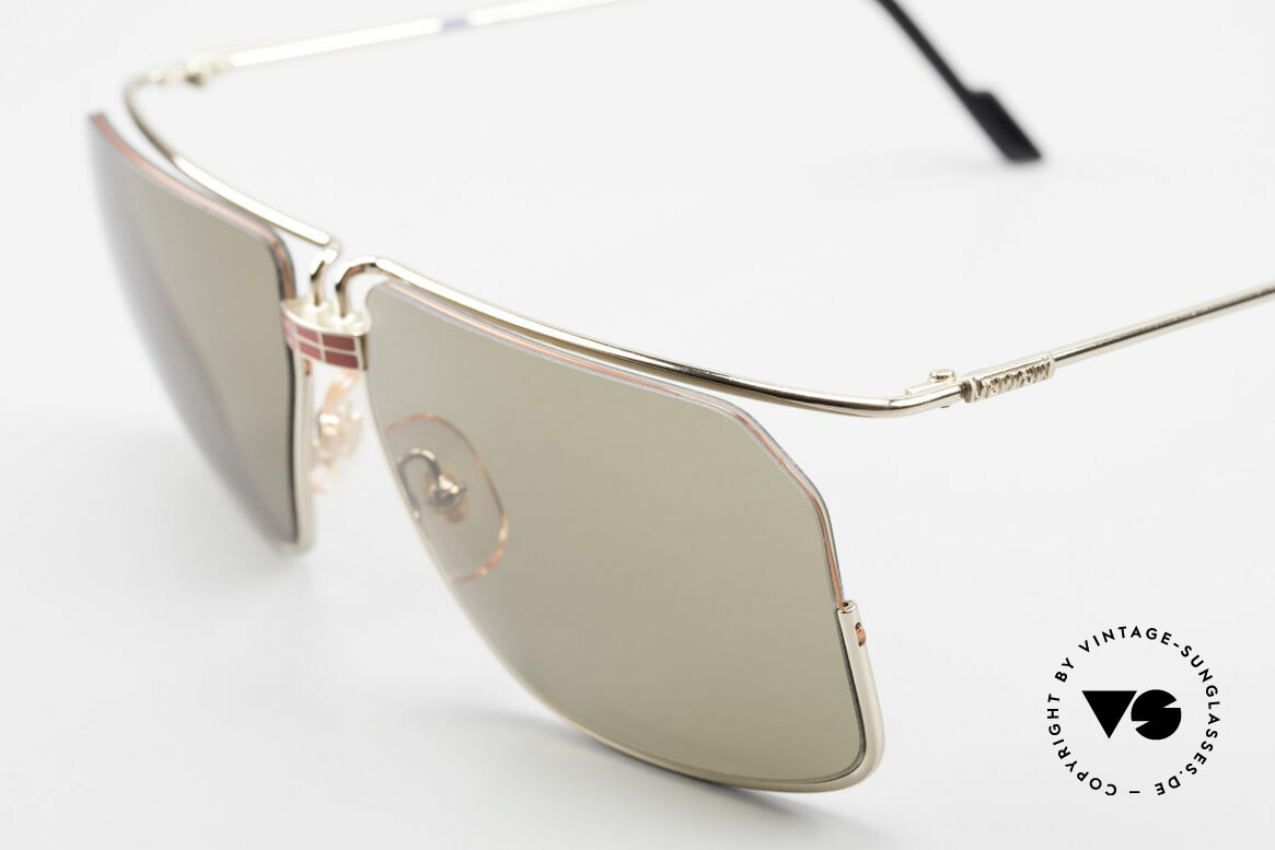 Ferrari F18/S No Retro Shades But Vintage, unworn (like all our vintage designer shades by Ferrari), Made for Men