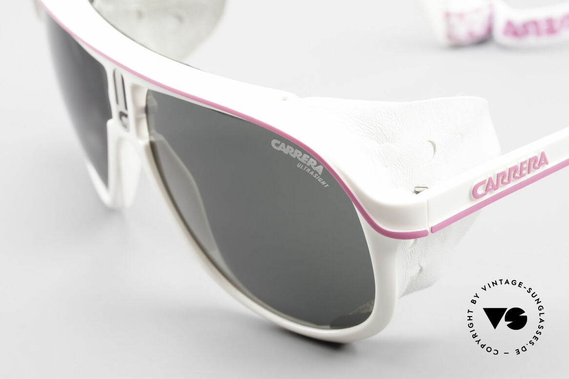 Carrera 5544 Sports Glacier Sunglasses 90's, can be worn as 'regular' sunglasses, too (just pratical), Made for Men and Women