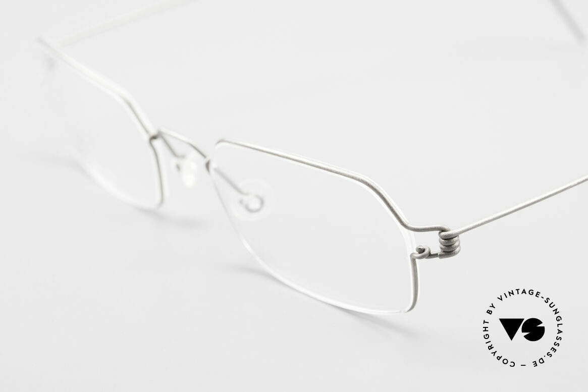 Lindberg Neptun Air Titan Rim Titanium Eyeglass-Frame Men, extremely strong, resilient and flexible (and 3g only!), Made for Men