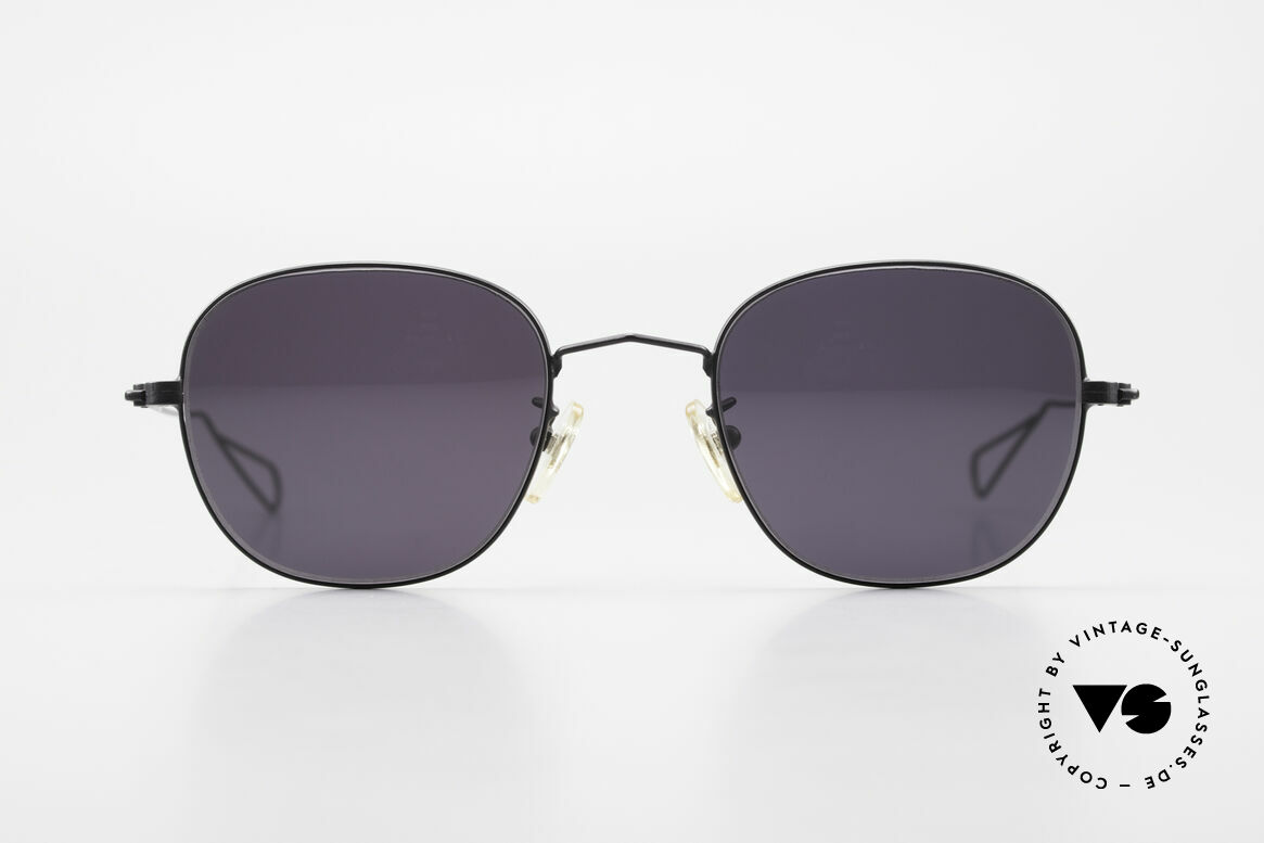Cutler And Gross 0307 Old Vintage Designer Frame, classic, timeless UNDERSTATEMENT luxury sunglasses, Made for Men and Women