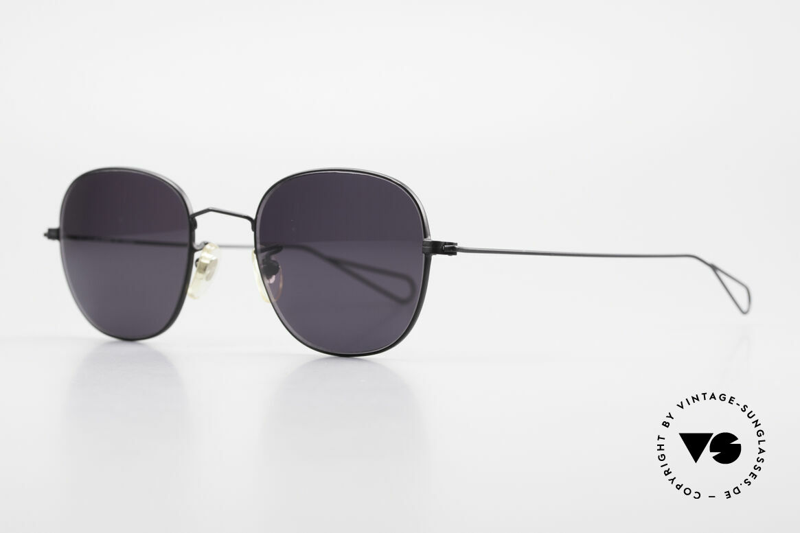 Cutler And Gross 0307 Old Vintage Designer Frame, stylish & distinctive in absence of an ostentatious logo, Made for Men and Women