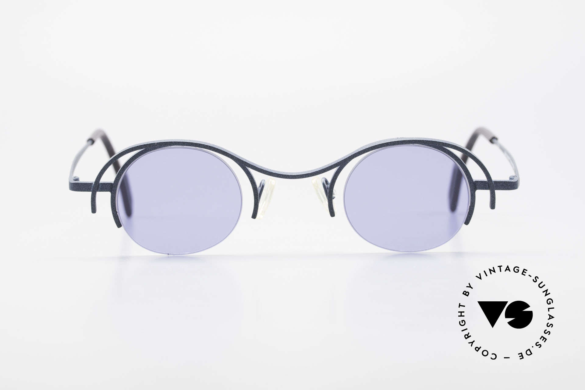 Theo Belgium Summer Round Ladies Designer Shades, founded in 1989 as 'opposite pole' to the 'mainstream', Made for Women