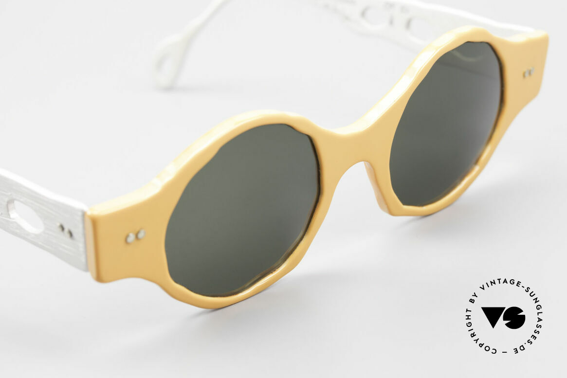 Theo Belgium Eye-Witness BK51 Avant-Garde Vintage Shades, these specs were apparently unfinished & asymmetrical, Made for Men and Women