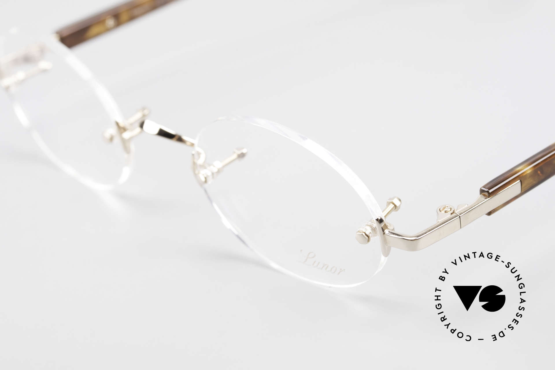 Lunor Classic Oval GP Oval Rimless Frame Gold Plated, from the 2015's collection, but in a well-known quality, Made for Men and Women