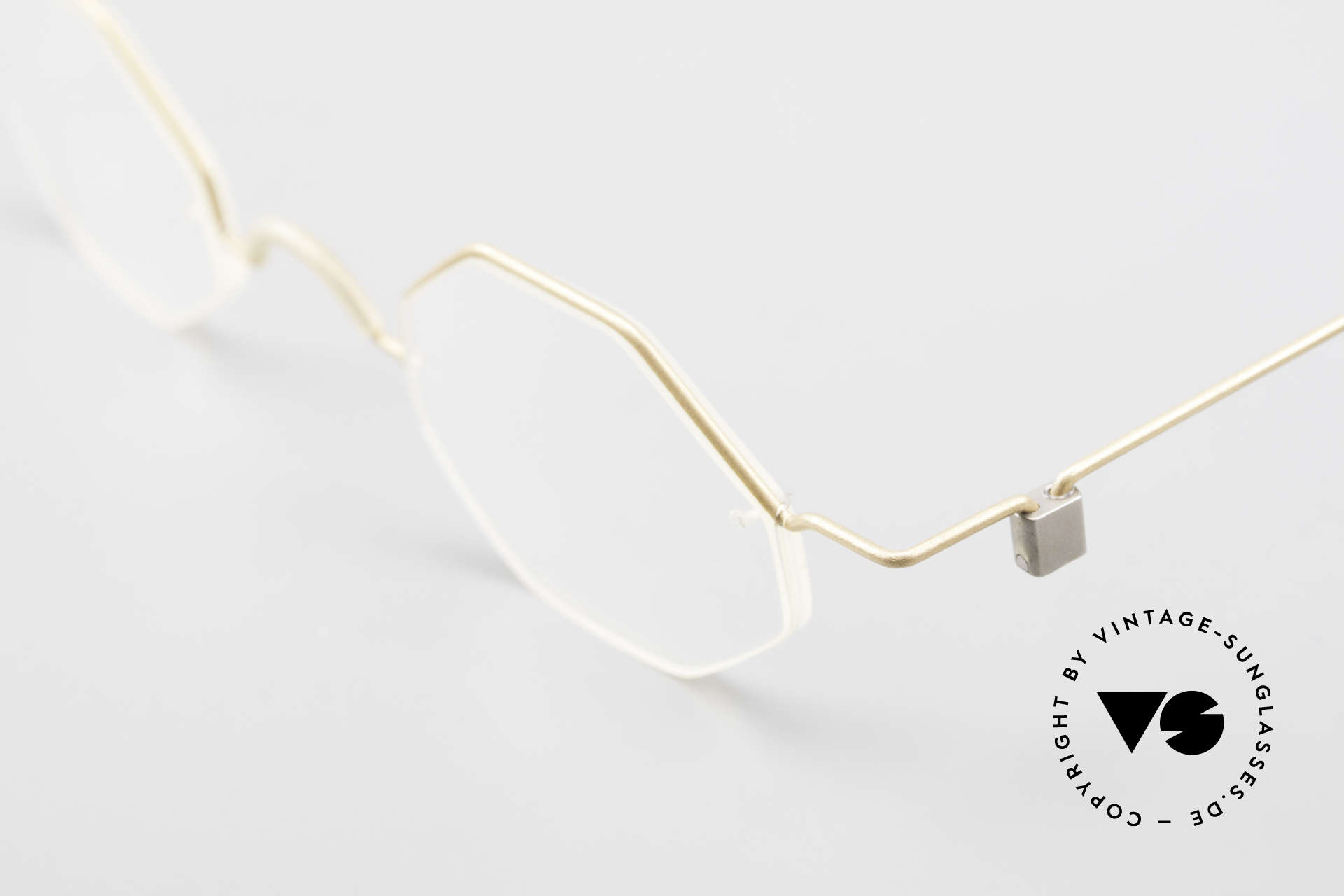 Markus T Octagonal Connoisseur Frame, anyway, an approx. 20-25 years old UNWORN original, Made for Men and Women