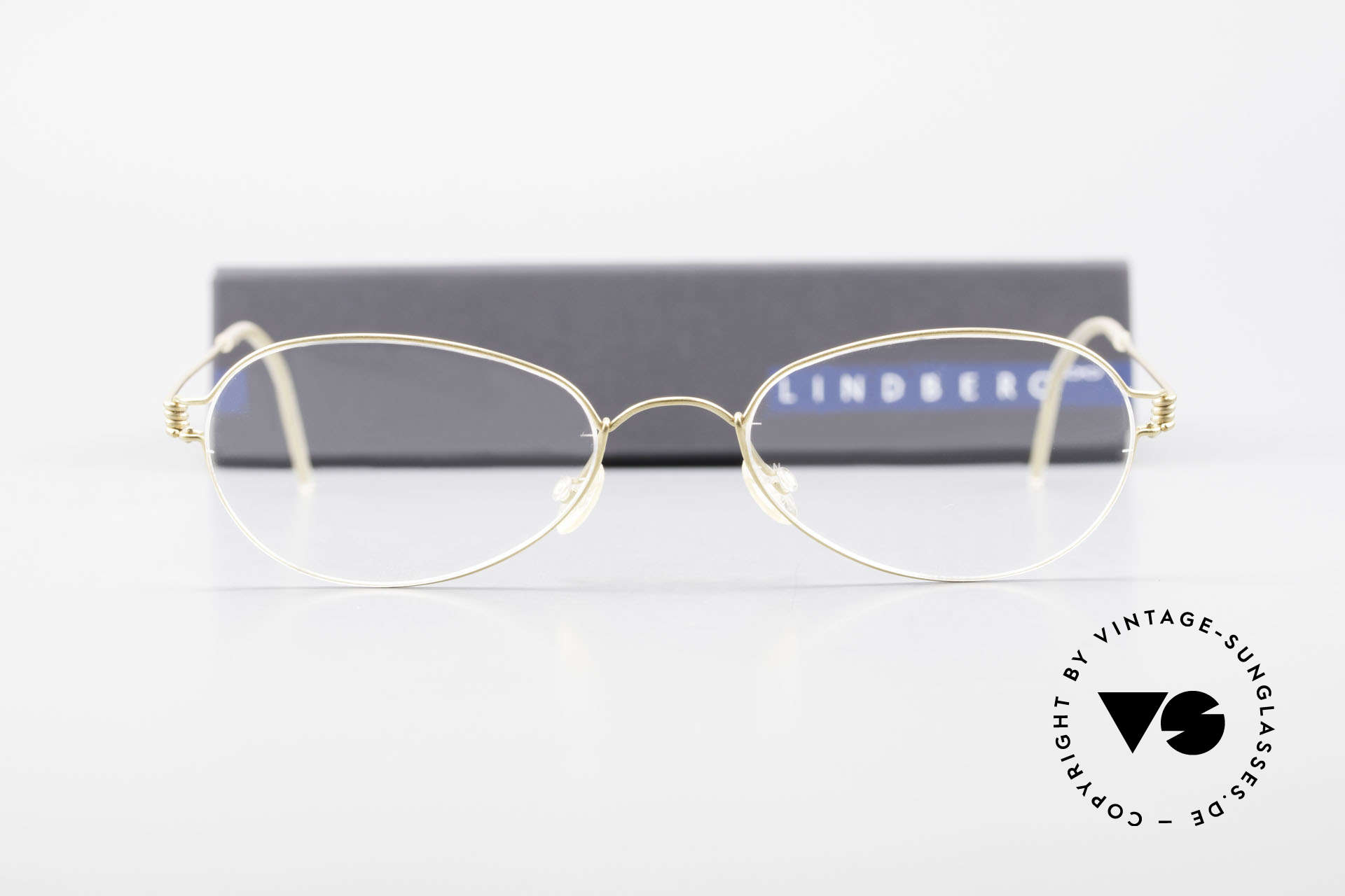 Lindberg Kari Air Titan Rim Titanium Ladies Eyeglasses, extremely strong, resilient and flexible (and 3g only!), Made for Women