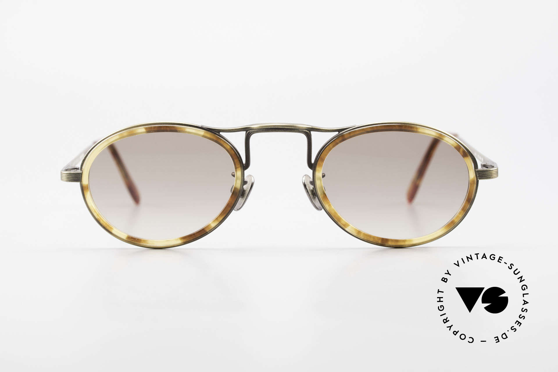 Oliver Peoples MP1 Vintage Designer Frame Oval, luxury glasses: a lifestyle that is distinctly Los Angeles, Made for Men and Women