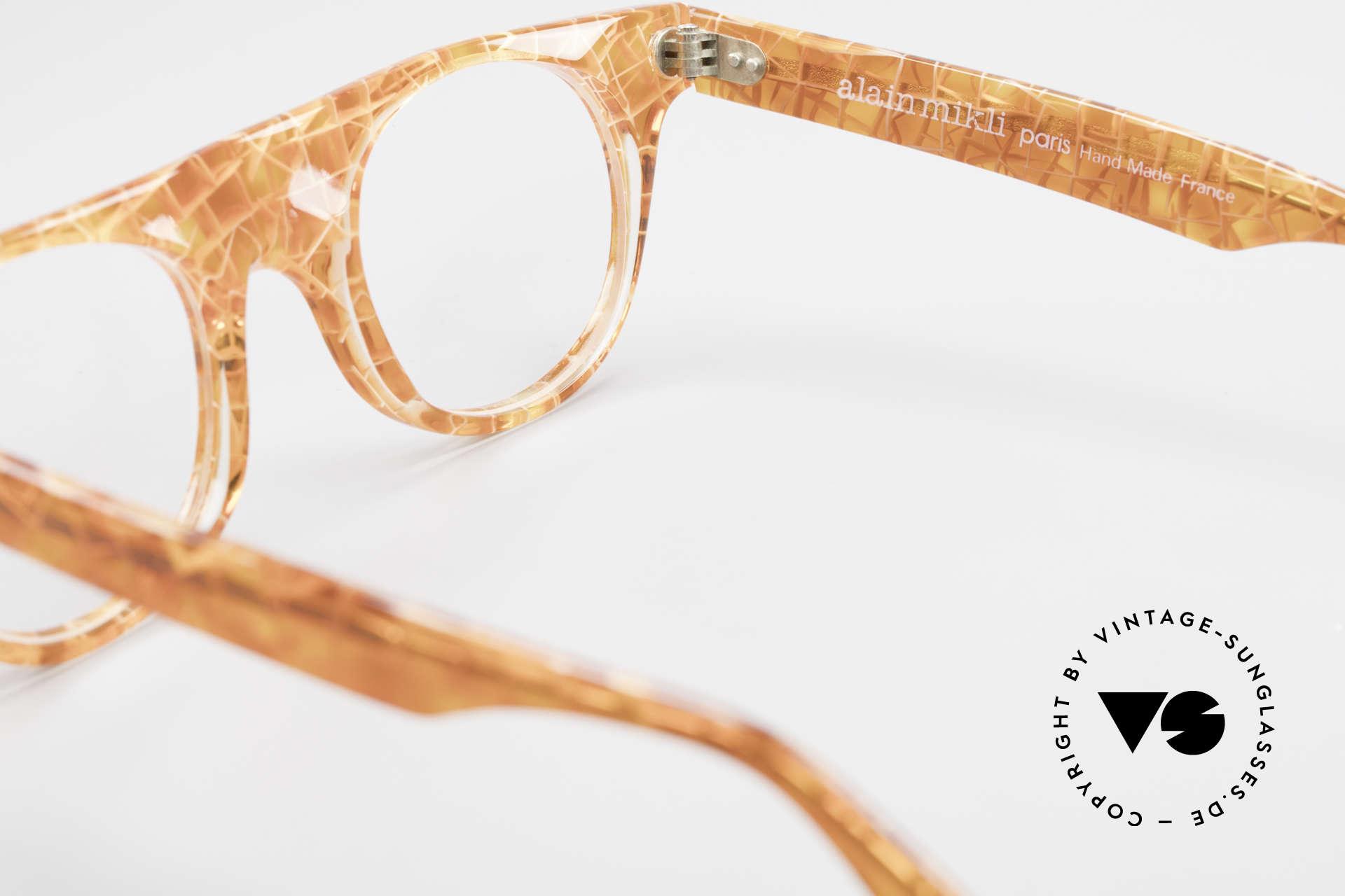 Alain Mikli 0127 / 166 80's Designer Eyeglass-Frame, the frame can be glazed with prescription (sun) lenses, Made for Women