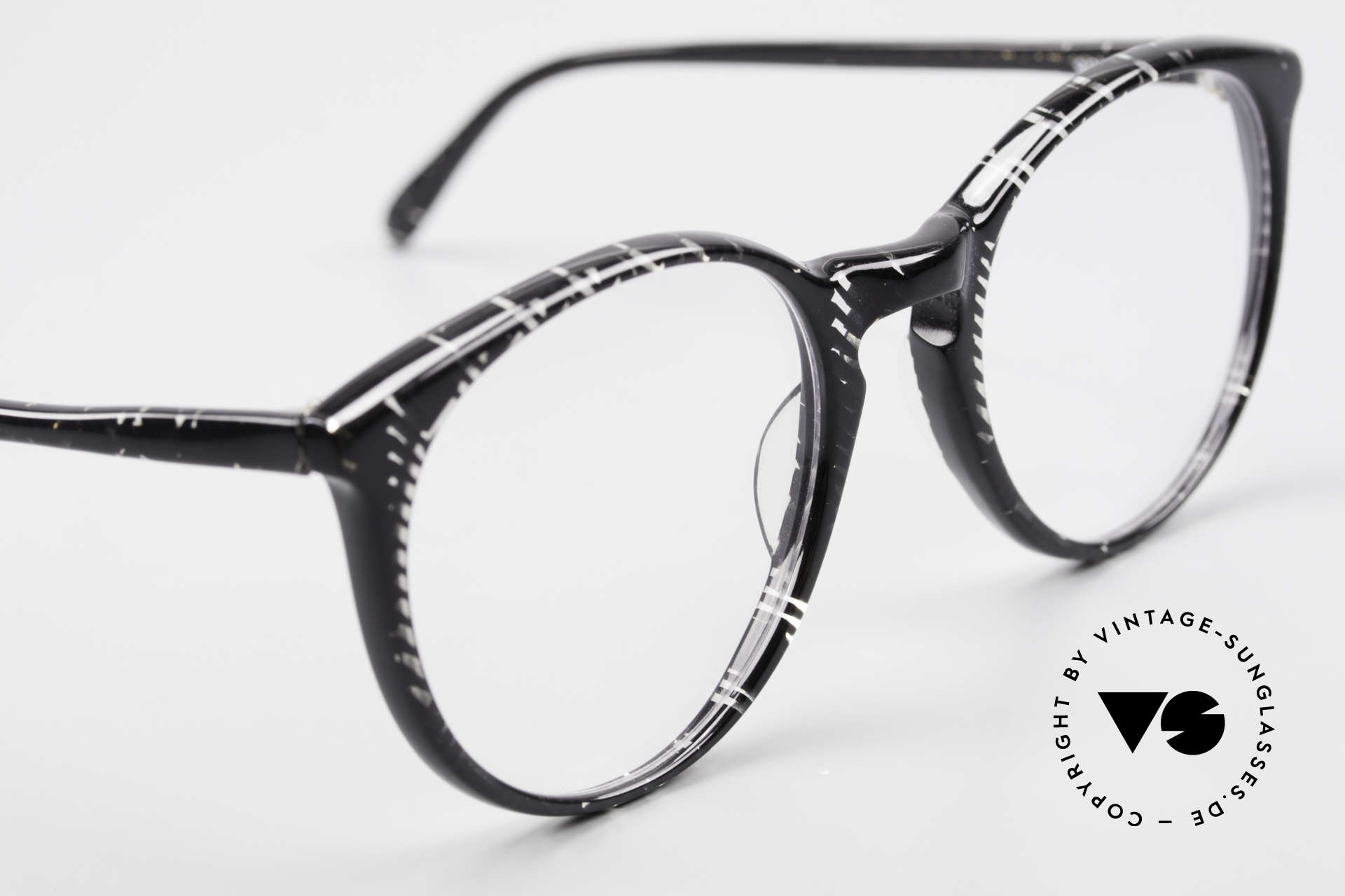 Alain Mikli 901 / 299 Panto Frame Black Crystal, NO RETRO eyewear, but an old Original from 1989, Made for Men and Women