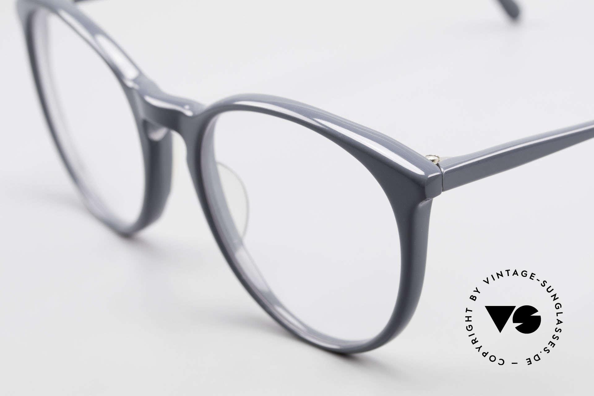 Alain Mikli 901 / 075 No Retro Glasses True Vintage, never worn (like all our vintage Alain Mikli specs), Made for Men and Women