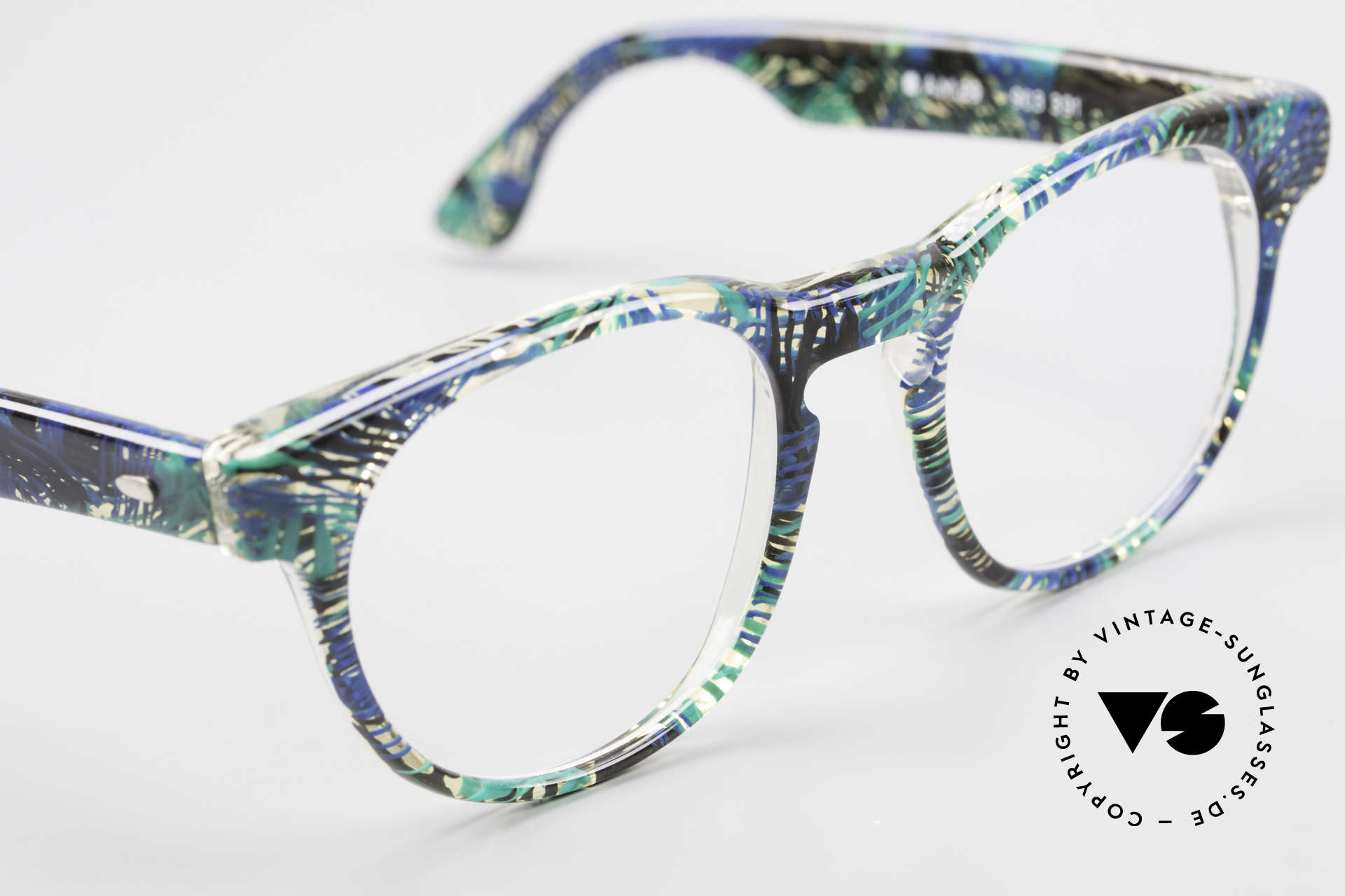 Alain Mikli 903 / 391 Panto Frame Green Patterned, never worn (like all our vintage Alain Mikli specs), Made for Men and Women