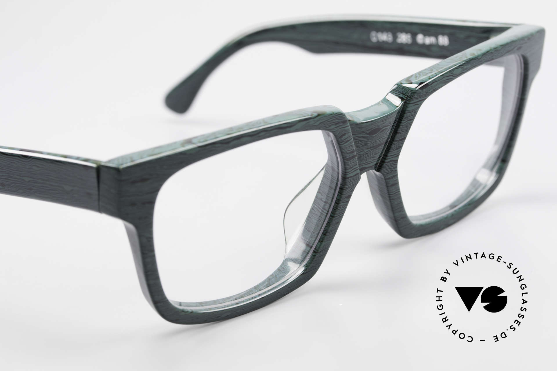 Alain Mikli 0143 / 285 Striking 1980's Eyeglasses, NO RETRO EYEWER, but a 30 years old ORIGINAL!, Made for Men and Women