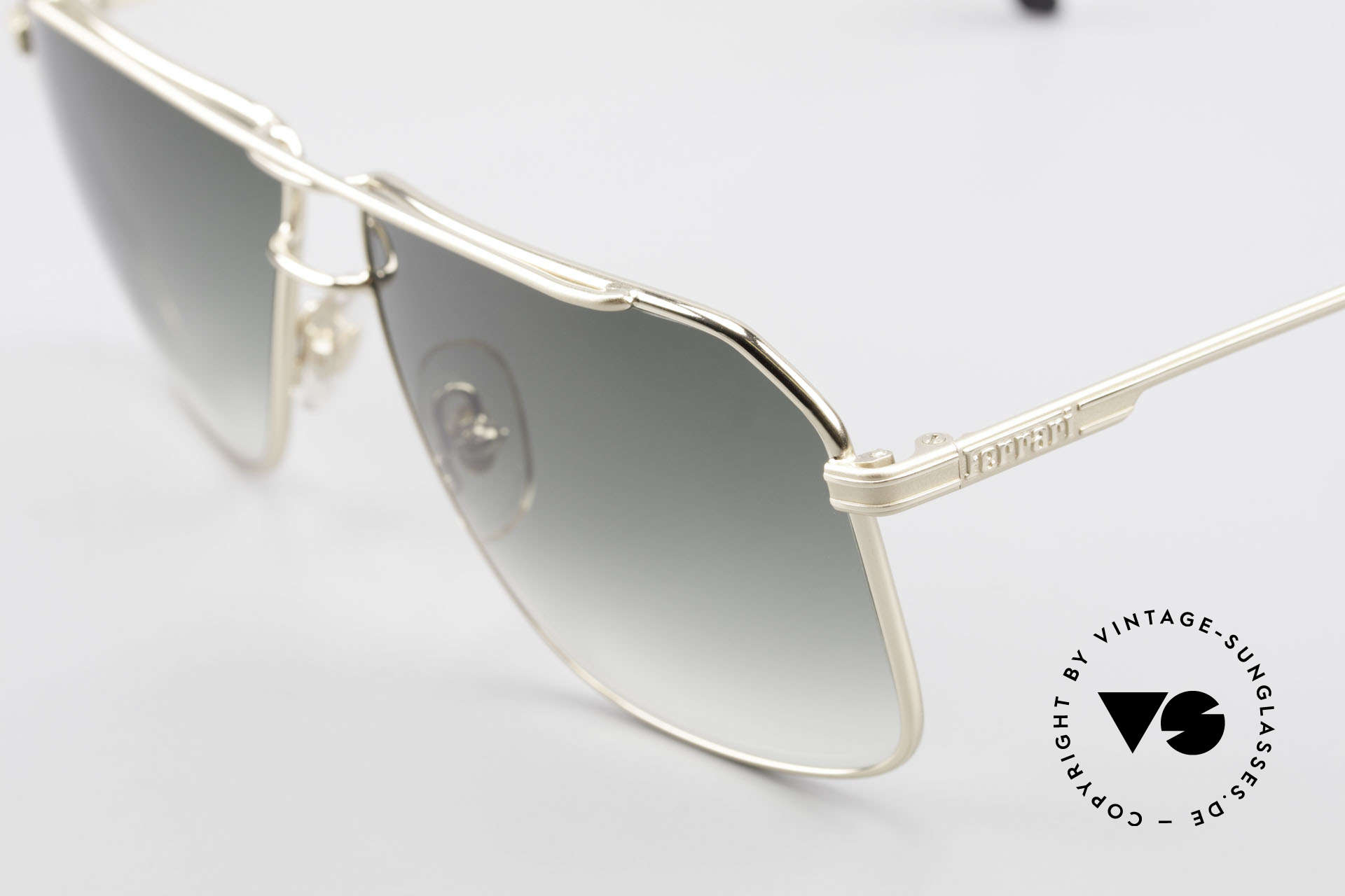 Ferrari F24 Men's Vintage Sunglasses 90's, unworn (like all our VINTAGE sunglasses by Ferrari), Made for Men