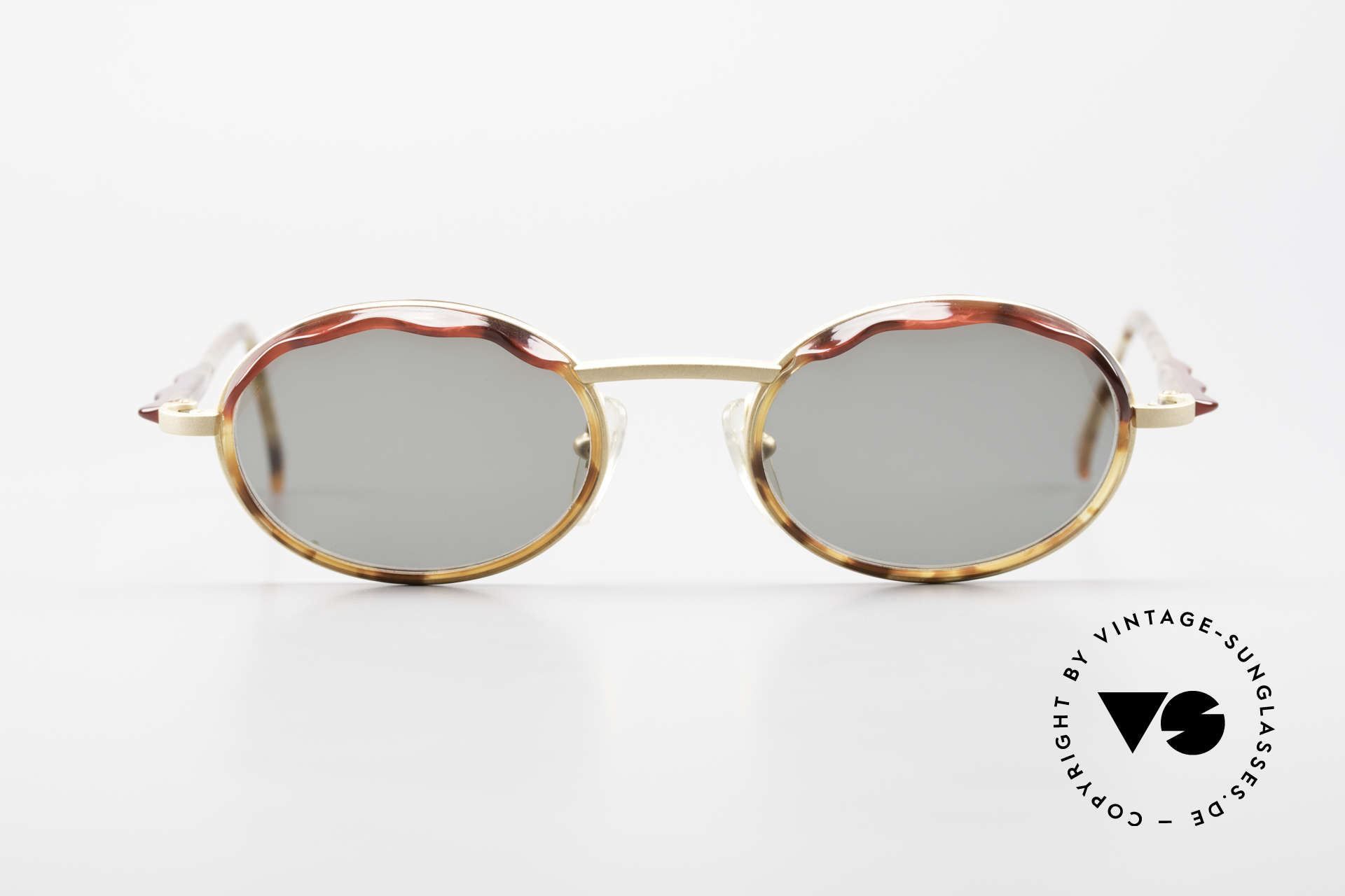 Alain Mikli 2149 / 04001 Oval Vintage Ladies Shades, costly combination of materials & complex coloration, Made for Women